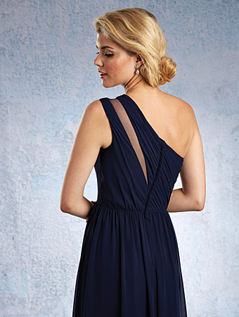 Tips to help you choose the perfect bridesmaids dress.