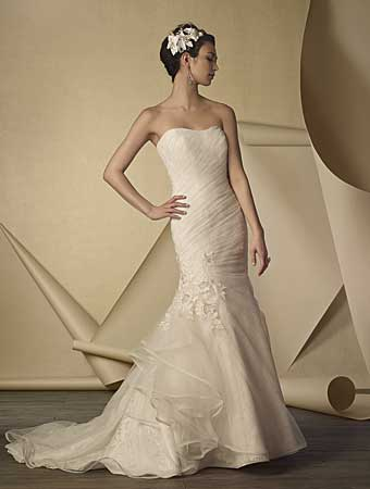 Alfred Angelo wedding gown style #2433