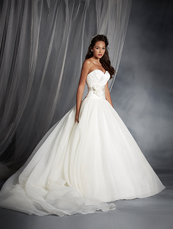 Disney Collection by Alfred Angelo ~ Snow White