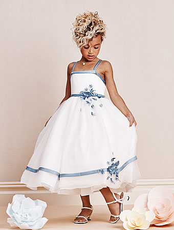Alfred Angelo flower girl style #6667.