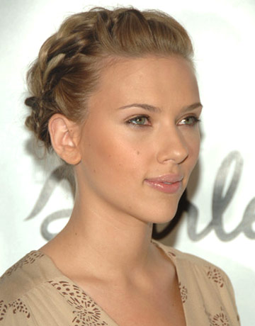 Bride Hairstyle on Wedding Hairstyle Braided Updo Scarlet Johansson