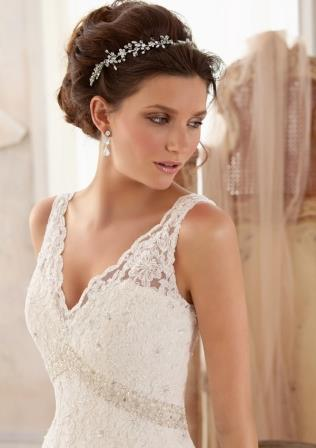 The 2014 Alfred Angelo bridal gown collection is here!