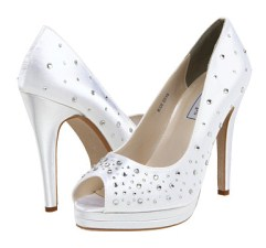 Cyndi wedding shoe from Touch Ups