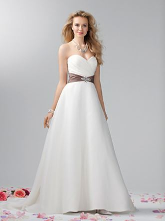 Alfred Angelo wedding gown style #2382
